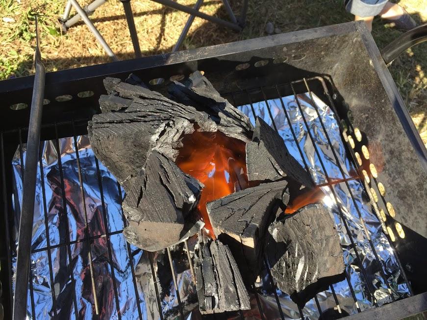 【煙突効果】バーベキューでかんたんに火をつける方法