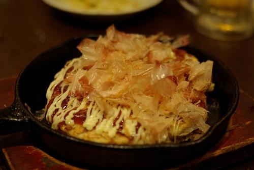 【キャンプでいつもと違う料理】スキレットで作る、フワフワ・アツアツお好み焼き!