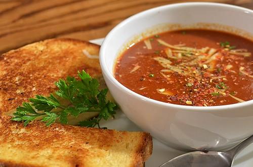 スープだけどおかず?簡単!お手軽!冬キャンプのお助けスープレシピ